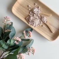 Argilla Rosa, proprietà, utilizzi e 4 ricette cosmetiche fai da te.